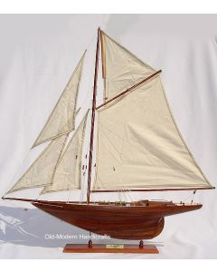 Old Modern Handicrafts Penduick Yacht 1973 Model Ship
