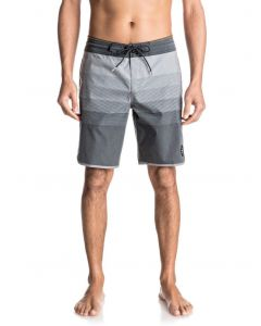 "Quiksilver Men's Vista 19"" Beachshort"