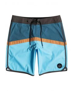 "Quiksilver Men's Crypto Scallop 20"" Boardshorts"
