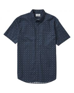 Billabong Men's Sundays Mini Short Sleeve Shirt